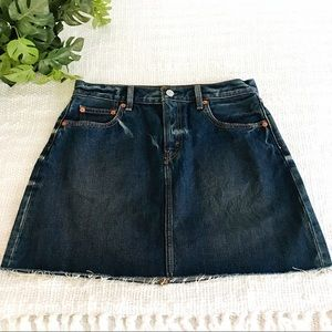 ✨Levi's Denim Skirt✨